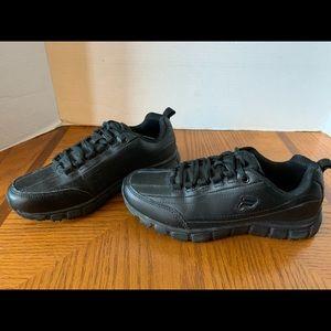 Women's FILA MEMORY BLACK Non Slip Sneakers- Sz 6